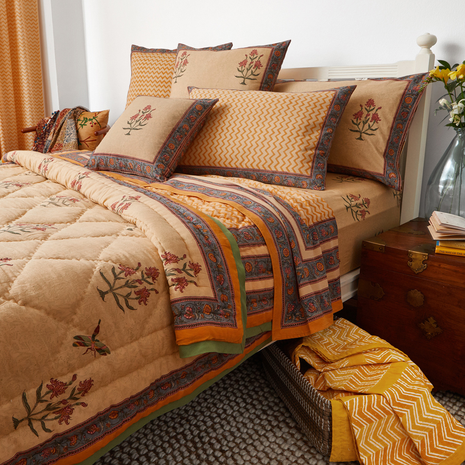 Lightly Quilted Cotton Rich Bedspread Bed Runner Filled Cushion Saffron Yellow