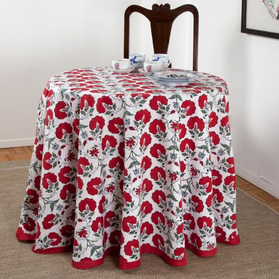Beautiful Janvi Round Tablecloth   Red
